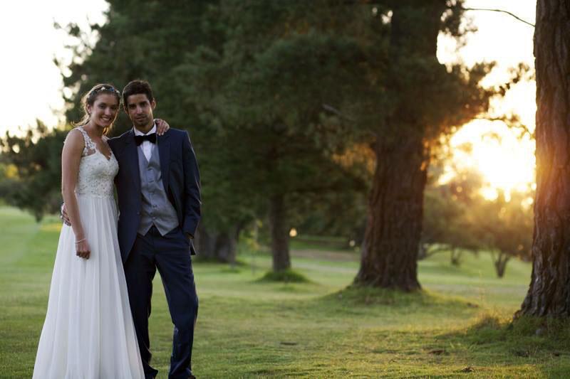 vestido de novia con toques azules